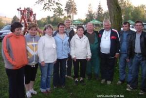 A képviselő-testület Erdélyben, Güdücön járt falunapon. (Fotó: Bozó Sándorné)