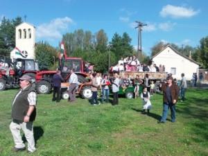 Szüreti felvonulás 2014 (Fotó: Bozó Sándorné)